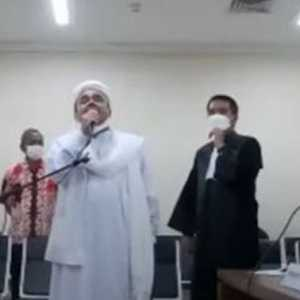 Tolak Bacakan Eksepsi, Habib Rizieq Tetap Minta Agar Dihadirkan Langsung Di Persidangan
