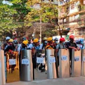 Gerakan Pembangkangan Myanmar, Puluhan Ribu Pengunjuk Rasa Penuhi Jalan-jalan Di Sejumlah Kota