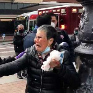 Nenek 76 Tahun Berkewarganegaraan China Pukul Penyerangnya Di San Francisco Hingga Masuk Rumah Sakit
