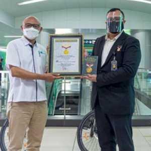MRT Jakarta Raih Rekor MURI Sebagai Transportasi Penyedia Layanan Sepeda Terbanyak