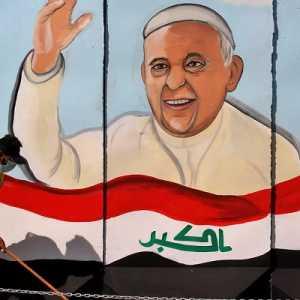 Kunjungi Bekas Benteng ISIS, Paus Panjatkan Doa Untuk Korban Perang