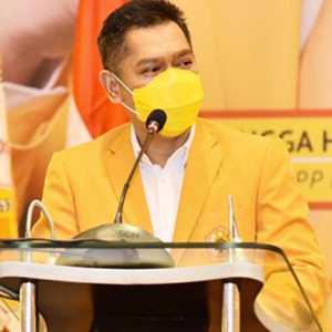 Adies Kadir: 43 Persen Anggota Fraksi Golkar Di DPR RI Masuk Pengurus Ormas MKGR
