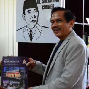 Chappy Hakim Silaturahmi Dengan Gubernur Lemhannas, Diskusi Air And Space