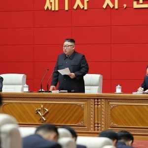 Kim Jong Un: Kota Dan Kabupaten Jadi Benteng Pembangunan Negara