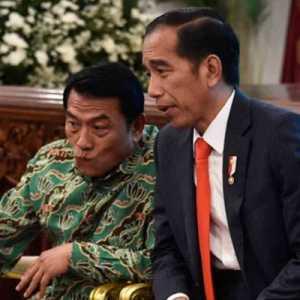 Dua Petanda Buruk Akan Menghantui Jokowi Jika Dingin Sikapi Konflik Moeldoko-Demokrat