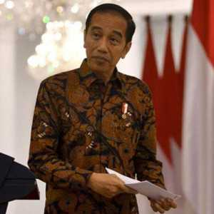 Hensat: Jangan Sampai Terkesan Pengen Dapat Proyek, Relawan Harus Tetap Bantu Jokowi Meski Bukan Lagi Presiden