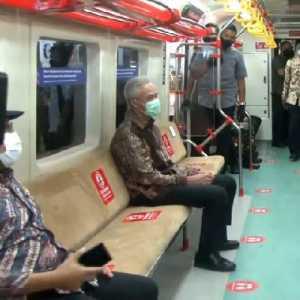 Cerita Pengalaman Naik Kereta Listrik Yogya-Solo Bareng Presiden, Ganjar Ngaku Diledek