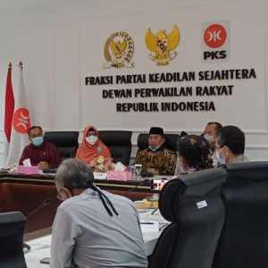 Tanpa Amien Rais, TP3 Laskar FPI Temui Pimpinan Fraksi PKS