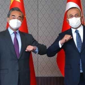 Menlu Turki Sampaikan Pesan Untuk China Bahwa Ankara 'Peduli' Pada Masalah Muslim Uighur