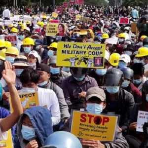 Protes Fajar Nasional Di Myanmar, Seorang Siswa Tertembak Aparat Keamanan