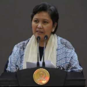 Lestari Moerdijat: Gerakan Cinta Produk Dalam Negeri Bisa Atasi Tekanan Akibat Covid-19