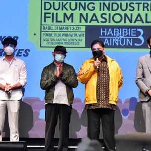 Gelar Nobar Di Bioskop, Airlangga Hartarto Berharap Industri Film Segera Pulih Di Masa Pandemi