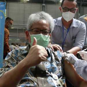 4.500 Pegawai bank bjb Dan Masyarakat Jalani Vaksinasi Covid-19