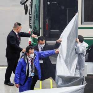 Bantu Bos Nissan Kabur, Dua Warga AS Tiba Di Jepang Untuk Diadili