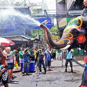 Akibat Pandemi, Thailand Larang Festival Songkran Untuk Kedua Kalinya