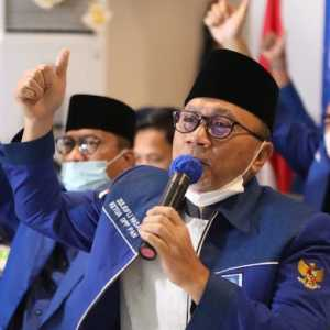 Ketum PAN Apresiasi Sikap Presiden Jokowi Yang Mau Mendengarkan Suara Umat
