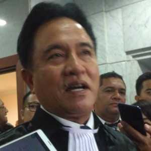 Yusril Ihza Mahendra: Jokowi Harus Terbitkan Perpres Baru Pengganti 10/2021