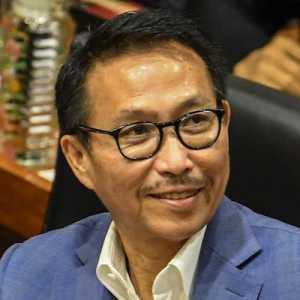 Pengamat: KPK Jangan Takut Memeriksa Siapapun, Termasuk Ketua Komisi III Herman Herry