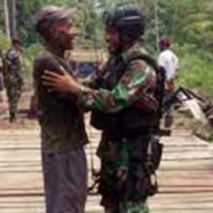 Kepala Suku Dani: Warga Papua Lebih Percaya TNI-Polri Daripada KSB