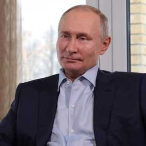 Hari Perempuan Internasional, Putin Berterima Kasih Kepada Petugas Medis Dan Ibu
