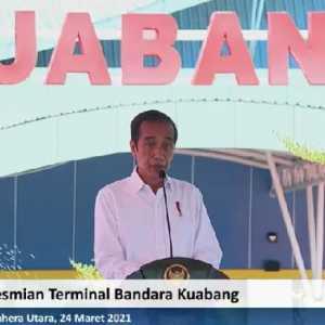 Resmikan Bandara Kuabang, Jokowi: Infrastruktur Bukan Sekedar Fisik Tapi Membangun Peradaban