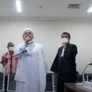 Akhirnya, Hakim Perintahkan JPU Hadirkan Langsung Habib Rizieq Di Ruang Sidang