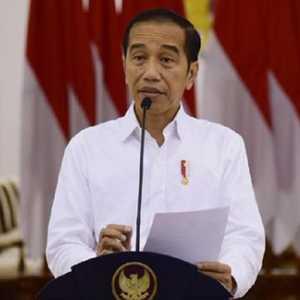 Gaungkan Benci Produk Luar Negeri, Ucapan Dan Tindakan Jokowi Jauh Berbeda