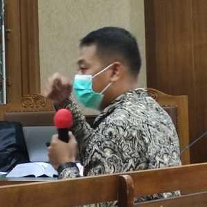 Jaksa KPK Putar Sadapan Telepon Ajudan Juliari Dengan Adi Wahyono, Ngobrol Soal Uang Saku
