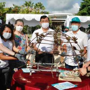 Menko Luhut Ajak Dubes Negara Sahabat Transplantasi Terumbu Karang Di Bali