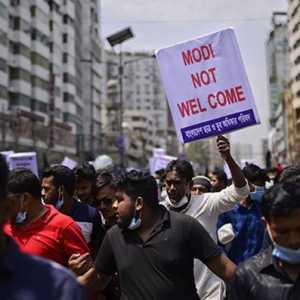 Jelang Kunjungan PM India, Polisi Bangladesh Tembakkan Gas Air Mata Dan Peluru Karet Ke Ratusan Pengunjuk Rasa Anti-Modi