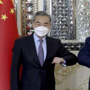 Mantan Kepala Intel IDF: Israel Khawatir Tentang Megadeal Iran-China