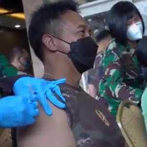 KSAD Dan Seluruh Jajaran TNI AD Mulai Jalani Vaksinasi Covid-19