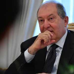 Kantor Perdana Menteri Kritik Keras Penolakan Presiden Armenia Untuk Menyetujui Pemecatan Kepala Tentara