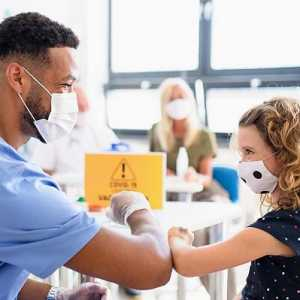 Inggris Rencanakan Vaksinasi Covid-19 Untuk Anak Pada Agustus 2021