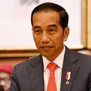 Jokowi Tegaskan Tak Minat Jabat 3 Periode, Haris Rusly: Semoga Kata-katanya Bisa Dipegang