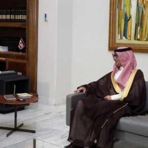 Duta Besar Saudi Waleed Bukhari Minta Penguasa Lebanon Utamakan Kepentingan Rakyat