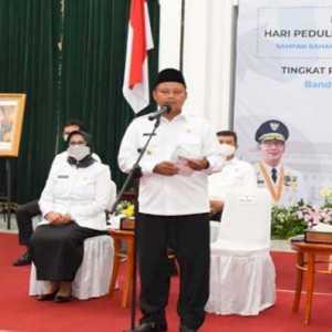 Peringati HPSN 2021, Wagub Jabar Dorong Penguatan Fungsi Bank Sampah