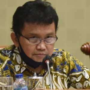 Anggota Komisi IX Curiga Ada Skenario Tersembunyi Di Balik Penurunan Covid-19