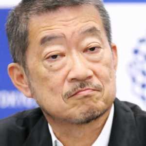Hina Komedian Perempuan, Direktur Kreatif Olimpiade Tokyo Mundur
