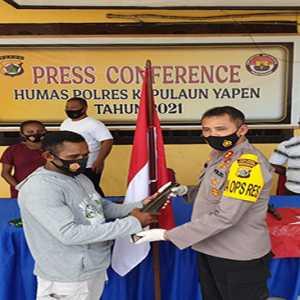 Pentolan KKB Pulau Yapen Papua Noki Orarei Serahkan Diri