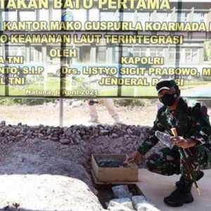Didampingi Kapolri, Panglima TNI Letakan Batu Pertama Pembangunan Mako Guspurla Koarmada I Di Natuna