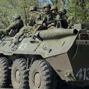 Ukraina: Rusia Akan Mengerahkan 120 Ribu Pasukannya Ke Perbatasan