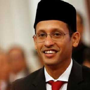 Jika Mau Tinggalkan Legasi Baik, Jokowi Harus Rombak Mentan Dan Mendikbud