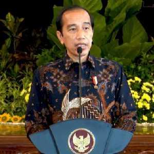 Pesan Jokowi Ke Kepala Daerah Terpilih: Jabatan Adalah Kehormatan Dan Tanggung Jawab Besar, Jangan Baca Laporan Saja