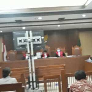 Sidang Bansos Covid-19, Saksi Ungkap Matheus Joko Dengan Mudah Diminta Tanda Tangan Oleh Harry Van Disabukke