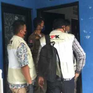Masih Cari Barang Bukti, KPK Kembali Geledah 5 Rumah Terkait Kasus Korupsi Bansos Di Dinsos KBB