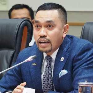 Propam Luncurkan Aplikasi Pelaporan, Pimpinan Komisi III: Lapor, Kalau Ada Polisi Tidak Disiplin