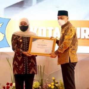 Eri Cahyadi Bersyukur Surabaya Dapat Penghargaan Pembangunan Daerah Terbaik Di Jatim