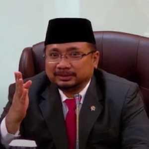 Saran PKS, Gus Yaqut Kembalikan Masalah Pembacaan Doa Ke Fatwa MUI