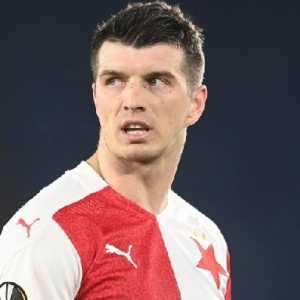 Rasis, UEFA Larang Bek Slavia Praha Tanding 10 Laga